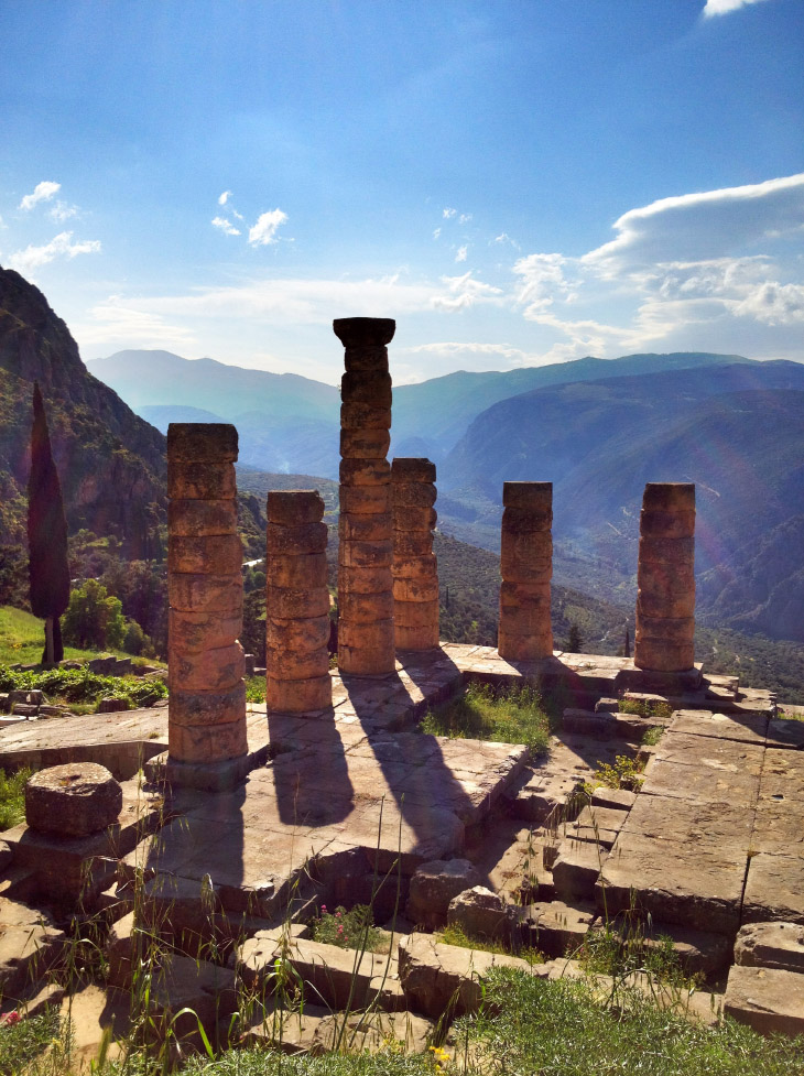 Dramatic shadows at Delphi