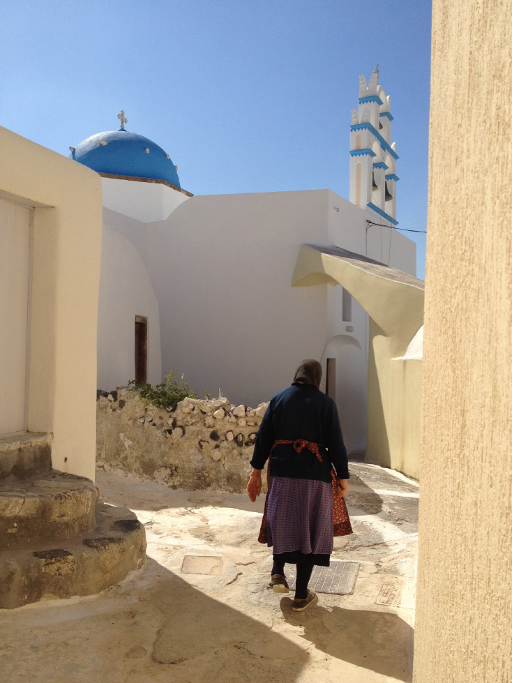 Walking through Pyrgos