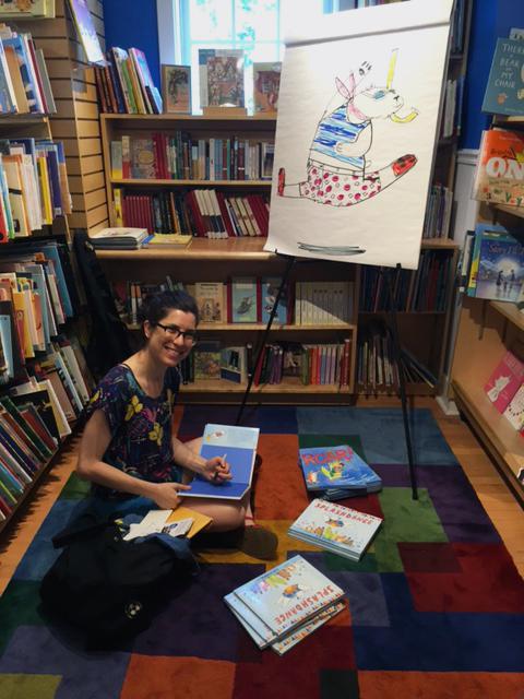 Liz Starin Signs Books